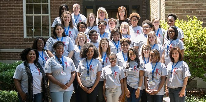 STENNIS CENTER AND MUW PRESENT LEADERSHIP PROGRAM FOR YOUNG WOMEN
